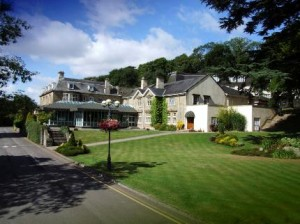 the-manor-house-hotel-newport-wales_030320091635020209